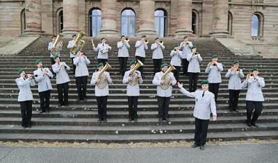 Wohltätigkeitskonzert mit der Egerländer Besetzung des Heeresmusikkorps